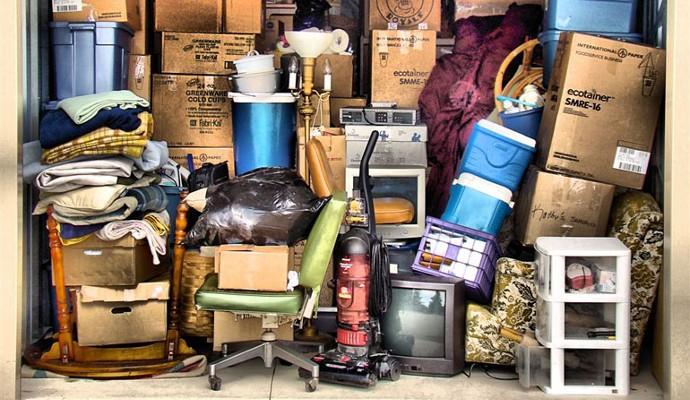 hoarding materialsim